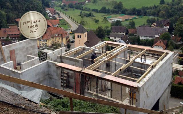 Auszeichnung Effizienzhaus Plus Wohnhaus Börsig - Energieberatung Gossner